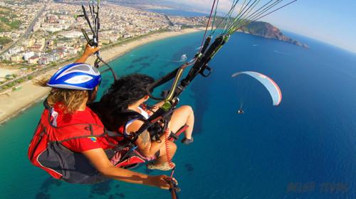 Parachute jump in Belek