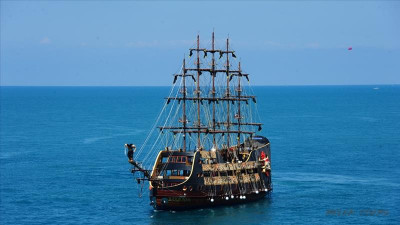 Pirate yacht tour from Serik